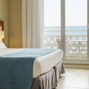 Double room with sea views Hotel ILUNION Fuengirola Fuengirola